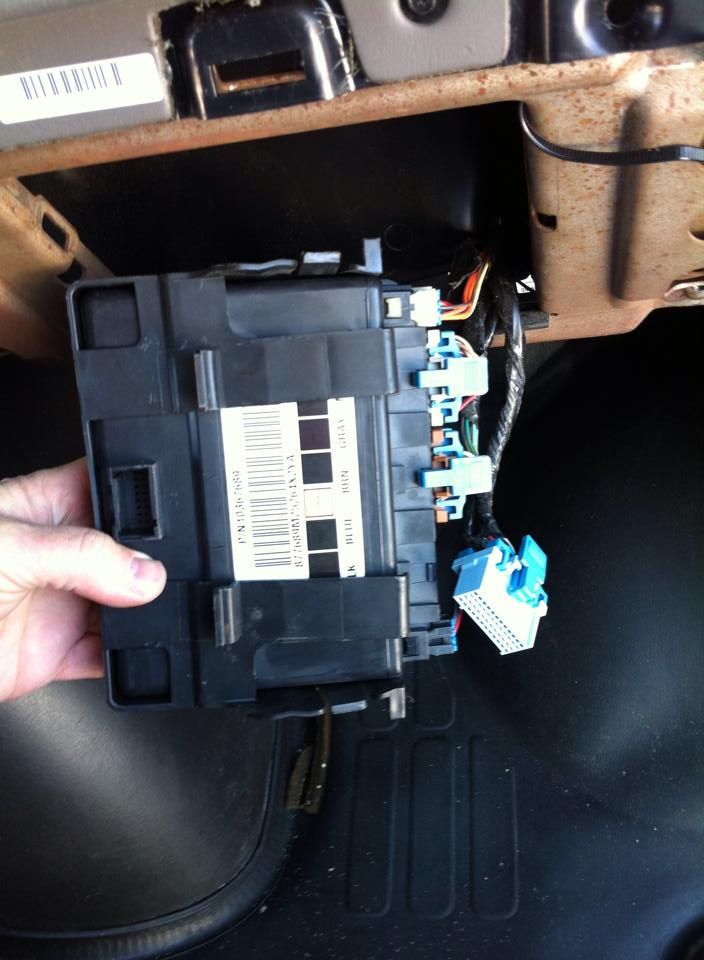 pontiac g6 body control module location